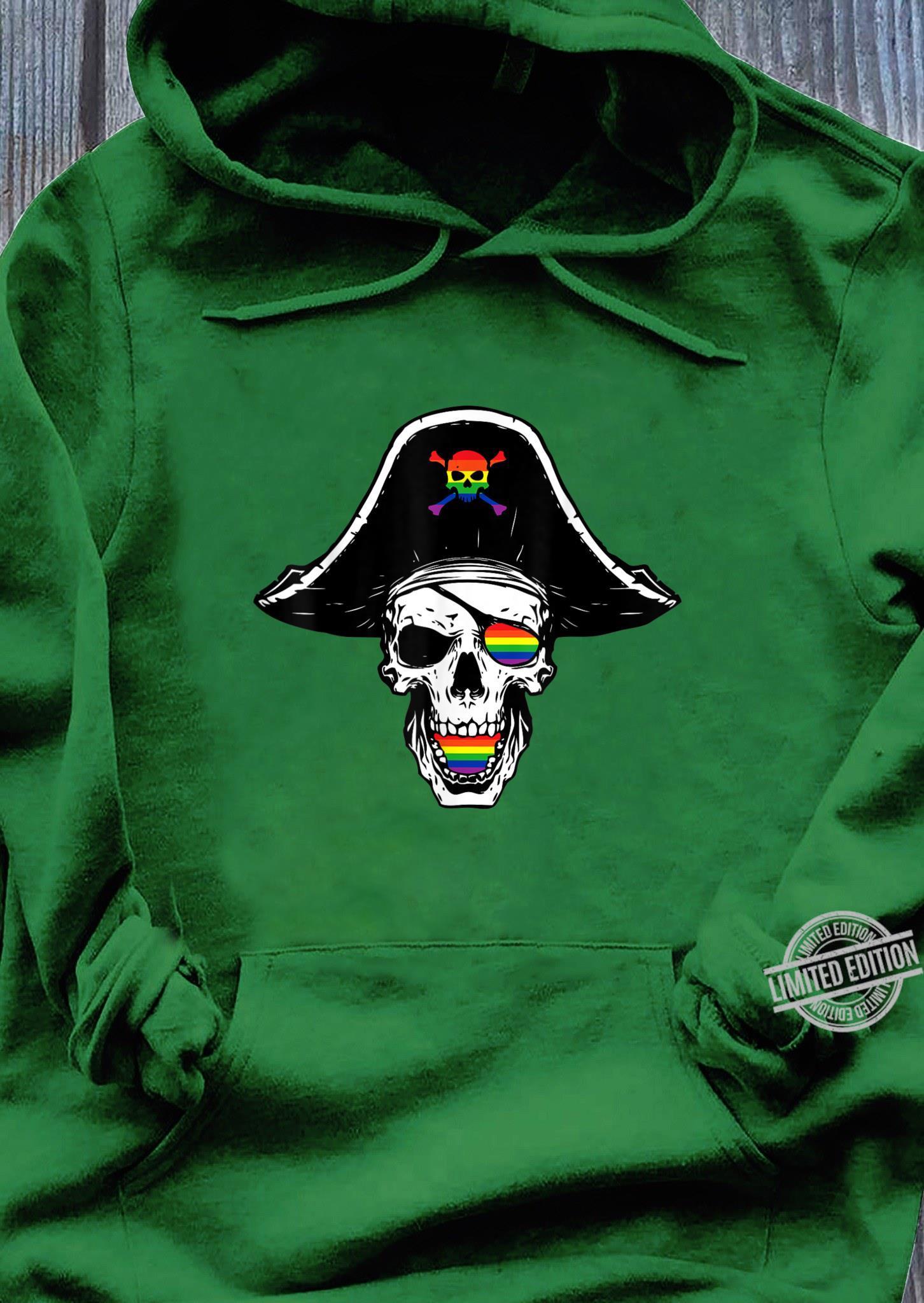 Gay Pirate Skull Crosbones Pride Flag LGBTQ Cool LGBT Shirt hoodie